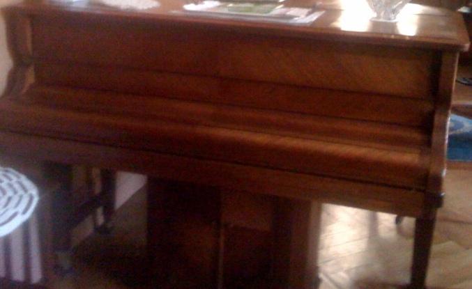 piano-20110131.jpg
